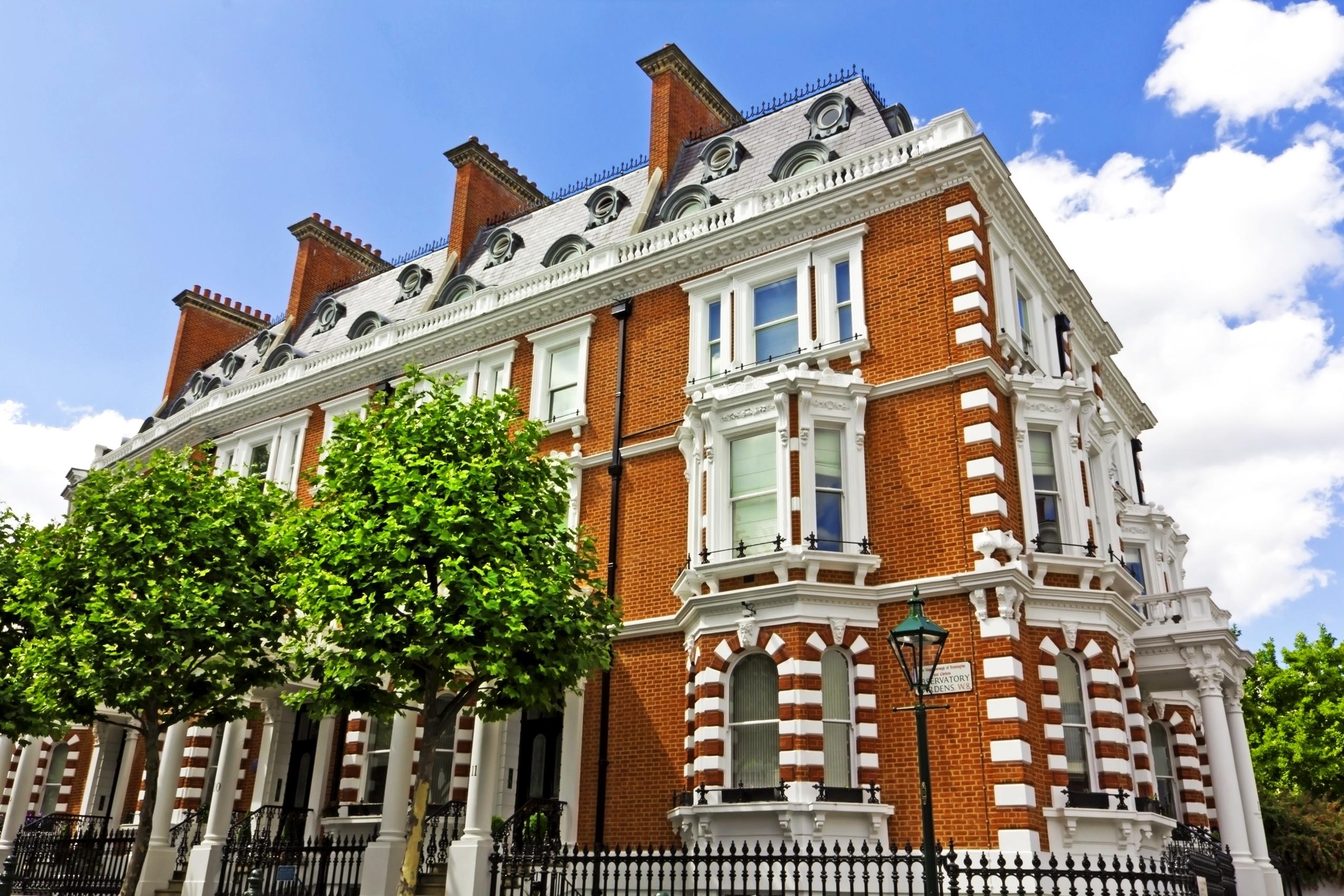 Luxury Apartment Building In London